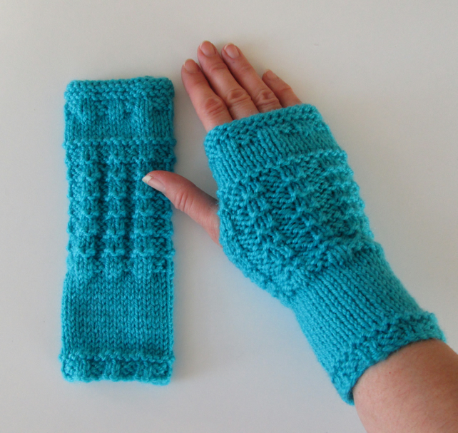 Fingerless Gloves Mittens Wrist Warmers in Turquoise Aran Wool