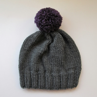 Bobble Hat in Grey Chunky Yarn with Purple Pom Pom