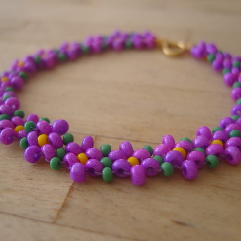 Purple Flower/Daisy Chain Bracelet