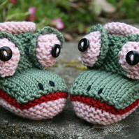 KNITTING pdf PATTERN - Baby Froggy Booties