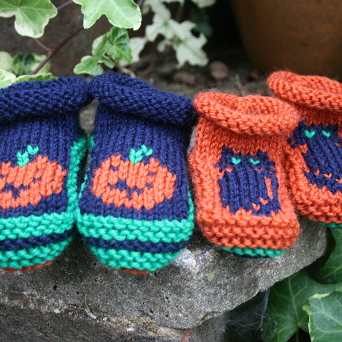 Halloween Booties - Knitting Pattern in pdf for baby's booties