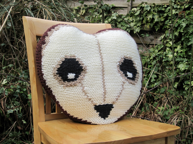 Owl Cushion Knitting Pattern : KNITTING PATTERN in pdf - An Owl Cushion - Folksy