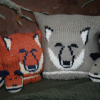 KNITTING PATTERN in Pdf - Fox and Wolf Cub Baby Hat and Booties