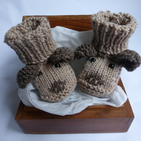 KNITTING PATTERN for Puppy Dog Baby Booties