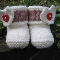 Heart Booties BABY KNITTING PATTERN in pdf