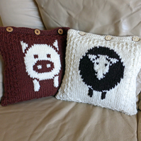 Pig and Sheep Cushion Covers KNITTING PATTERN in pdf