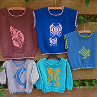 Sea Life Sweater KNITTING PATTERN in pdf, with 5 seaside animals to choose from.