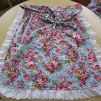 Frilly Half Apron