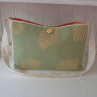 Shoulder Bag with Beach Shells