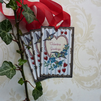 Vintage -style gift tags 'Valentine Greetings '( set of 3) '..ready to ship...