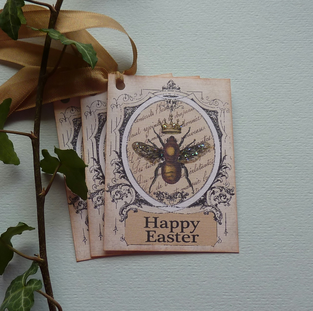 GIFT TAGS. EASTER. Vintage-style , Queen Bee ( set of 3)