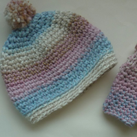 CHILD'S HAT and MITTS set. Age 3-6 . Wool blend.  'Candy Girl' .