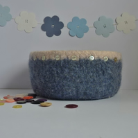 FELTED 'FUSSPOT'  BOWL  . ' Shoreline'  ...ready to ship...