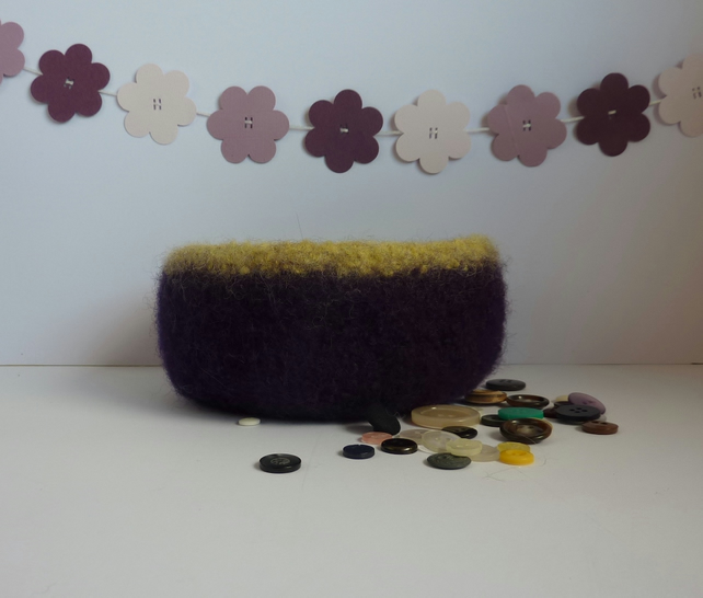 FELTED 'FUSSPOT'  BOWL  . ' Grape Harvest '....ready to ship...