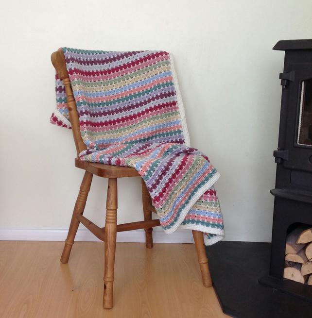 BLANKET, THROW.' Cottage Garden'. Vintage-style. Crochet..ready to ship .....