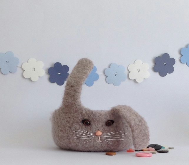 FELTED 'FUSSPOT' BOWL . ' Flopsie ' bunny ...ready to ship ...