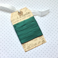 VINTAGE -STYLE ribbon . 4 yds. ( silky, seam binding ). ' Holly Green'