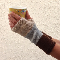 LUXURY CASHMERE blend fingerless mitts. Ladies Med .' Coast Path'.