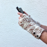 MAN  MITTS ,fingerless gloves. Chunky. Icelandic wool blend .' Birch Bark'.