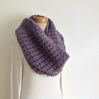 INFINITY SCARF , neckwarmer . Alpaca blend. Super-soft. ' Moonshadow '
