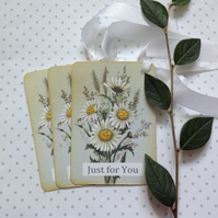 GIFT TAGS, vintage -style. ' Ox-eye Daisy Bouquet '  ( set of 3)