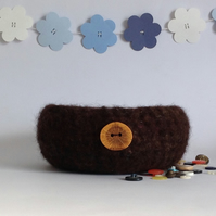 SALE..... FELTED 'FUSSPOT' bowl , tray . 'Woodland '  with oak button ) .