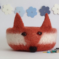 FELTED 'FUSSPOT' bowl. Desk tidy. Fox. OOAK. ' Amber V '.....ready to ship..