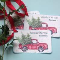 CHRISTMAS GIFT TAGS  ( set of 3. ) Vintage-style . ' Oh Christmas Tree..'
