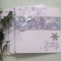 CHRISTMAS  CARDS ( pack of 4 ) Flurry' . Snowflakes. Seasons Greetings.