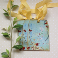 GIFT TAGS ( set of 3) . Autumn , Winter  ' Rosehips '...ready to ship...