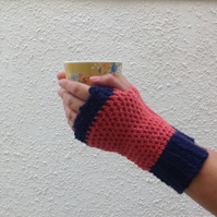 FINGERLESS MITTS. Alpaca, wool blend. Ladies M. ' Topsail '...ready to ship ...