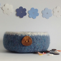 SALE .....FELTED 'FUSSPOT'  BOWL , desk tidy . ' Tideline '( with wood button).