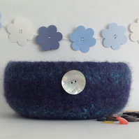 FELTED 'FUSSPOT'  BOWL , tray , desk tidy . ' Moontide ' (with MOP button).
