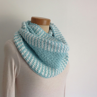 INFINITY SCARF , neckwarmer . Wool blend. Super-soft. ' Breezy '.