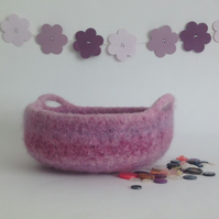 FELTED 'FUSSPOT'  BOWL , tray , desk tidy . ' Blush ' (with handles ).