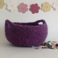 FELTED 'FUSSPOT'  BOWL , tray , desk tidy . ' Zen ' (with handles ).Purple.