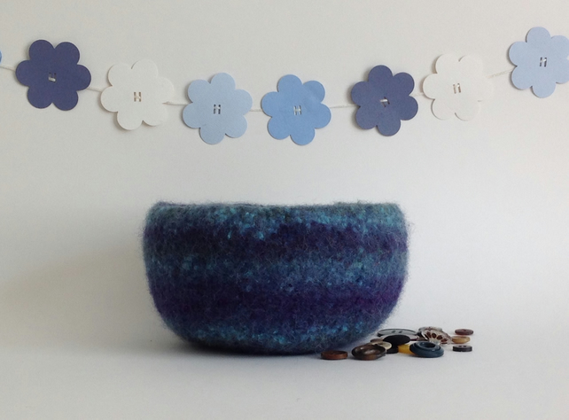 FELTED 'FUSSPOT'  BOWL ,desk tidy  . ' Deep ' . Blue. Nautical.