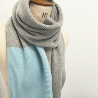 Colour Block Lambswool Scarf