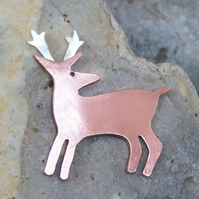 Deer brooch in copper and sterling silver