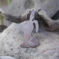 Bunny rabbit pendant in sterling silver