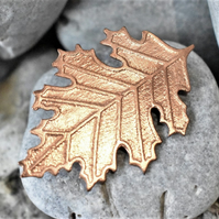 Leaf brooch in etched copper