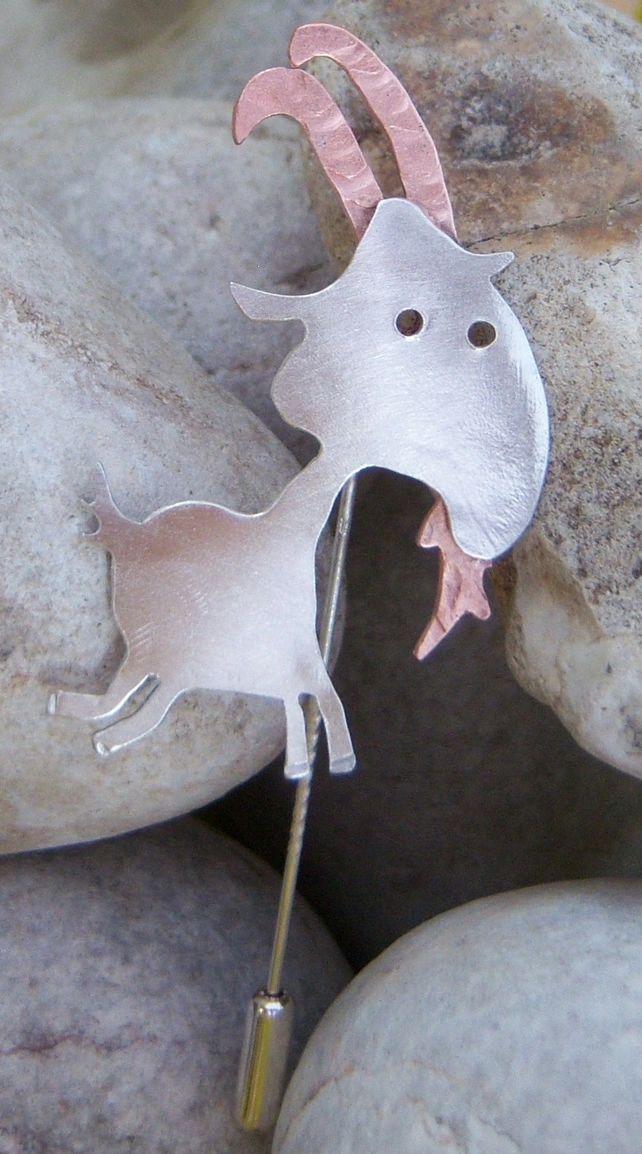 Goat pin in sterling silver and copper