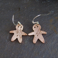 Gingerbread men earrings from recycled coinage