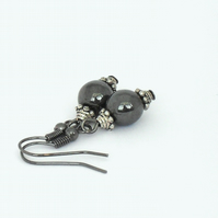 Hematite earrings with beadcaps