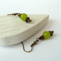Green peridot jade and bronze handmade earrings, vintage style