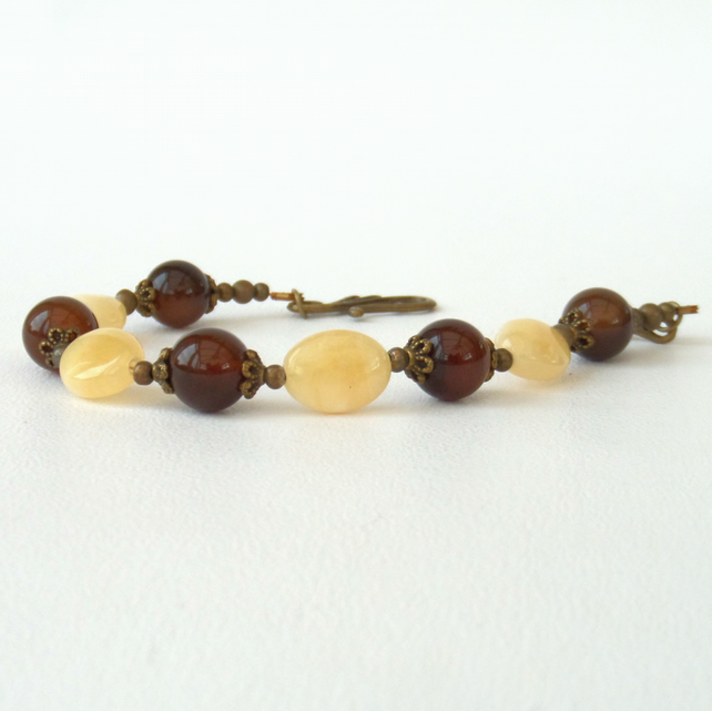 Honey quartz and brown agate bracelet