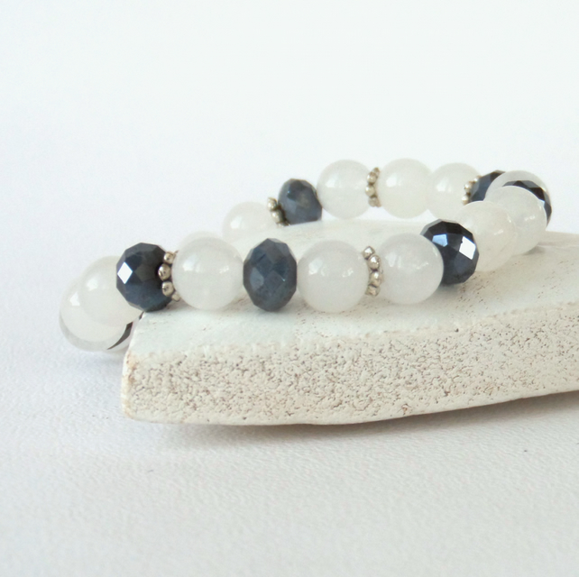 White jade and jet crystal stretchy bracelet