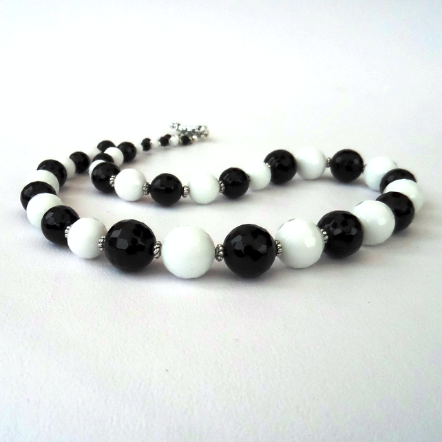 Monochrome black onyx and white jade handmade necklace