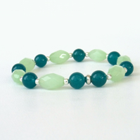 Teal jade and pale green stretchy bracelet