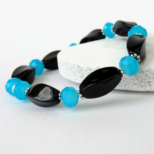 Black onyx and cyan blue crystal stretchy bracelet
